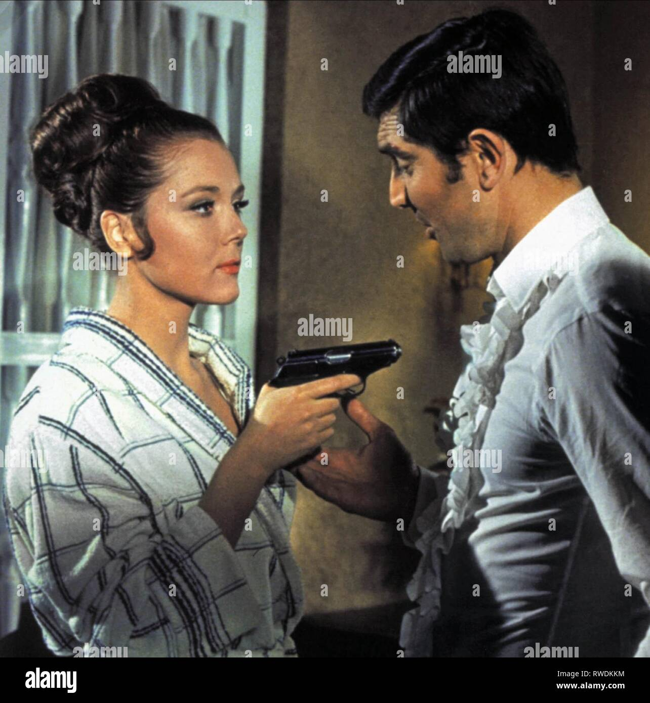 diana rigg george lazenby james bond on her majesty s secret service 1969 stock photo alamy https www alamy com diana rigggeorge lazenby james bond on her majestys secret service 1969 image239402008 html