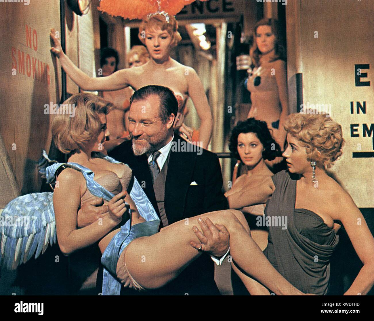 EDEN,BEHIND,RIGHT, DOCTOR IN LOVE, 1960 - Stock Image