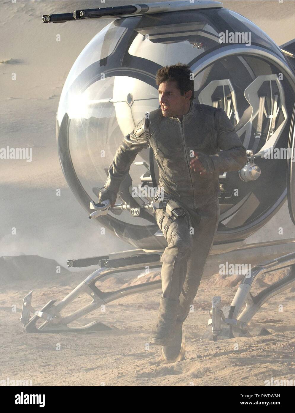 TOM CRUISE, OBLIVION, 2013 - Stock Image