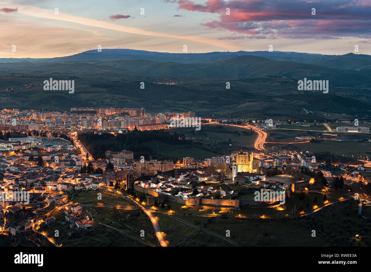 Pôr do Sol em Bragança, visto do alto de S. Bartolomeu - Stock Image