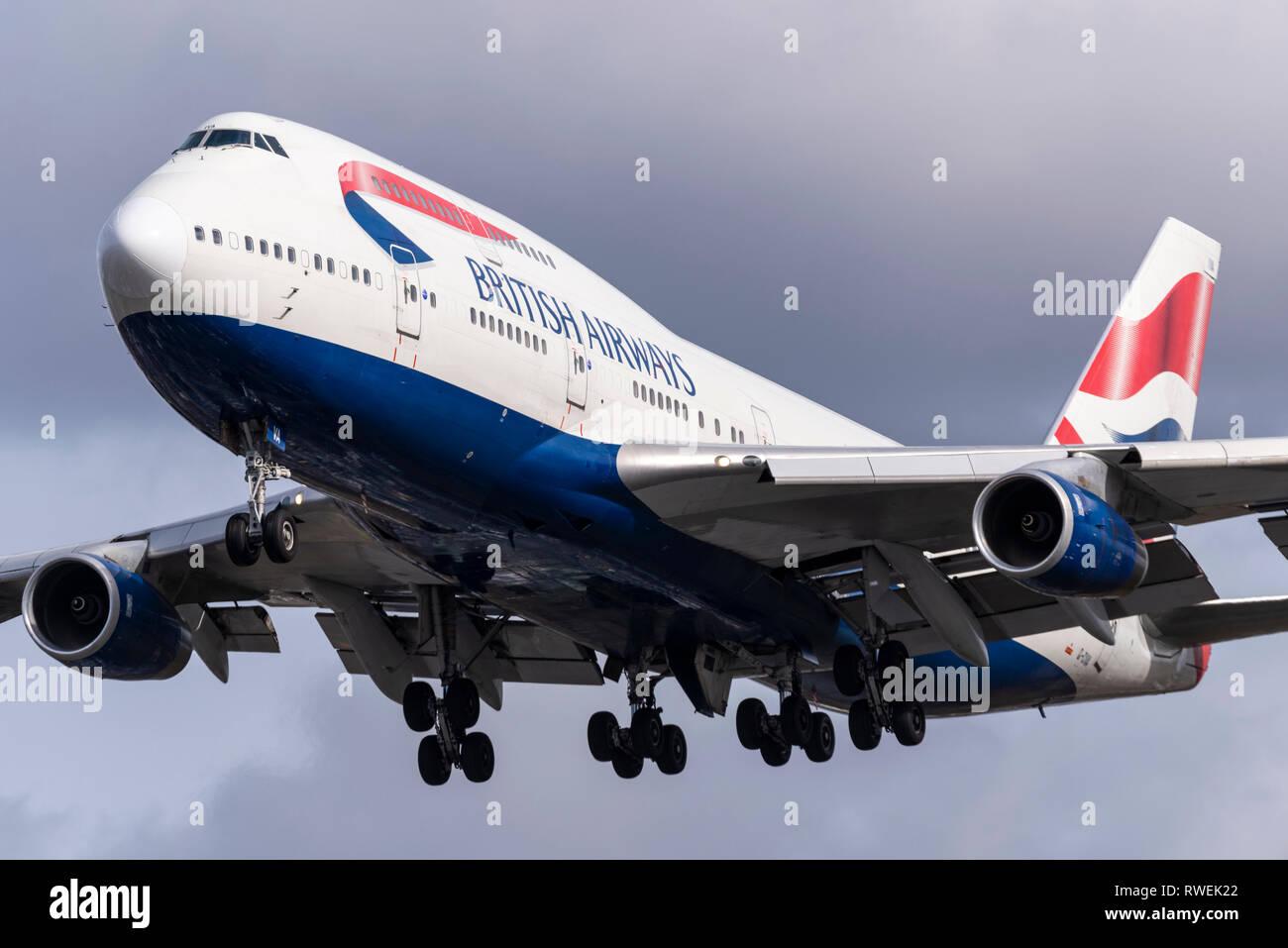 British Airways Boeing 747 Jumbo Jet jet plane airliner G-CIVA ...