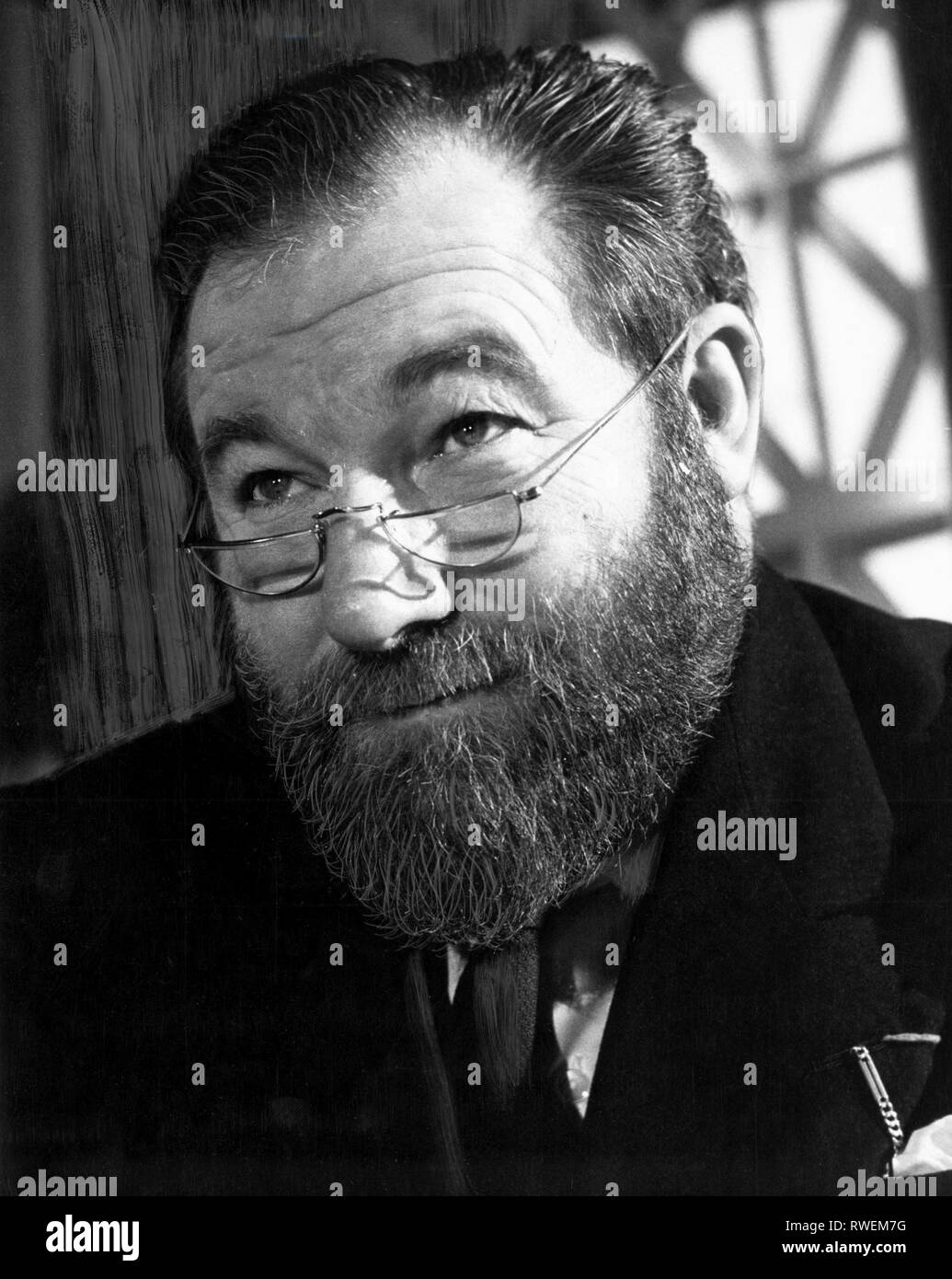 JAMES ROBERTSON JUSTICE, VERY IMPORTANT PERSON, 1961 - Stock Image