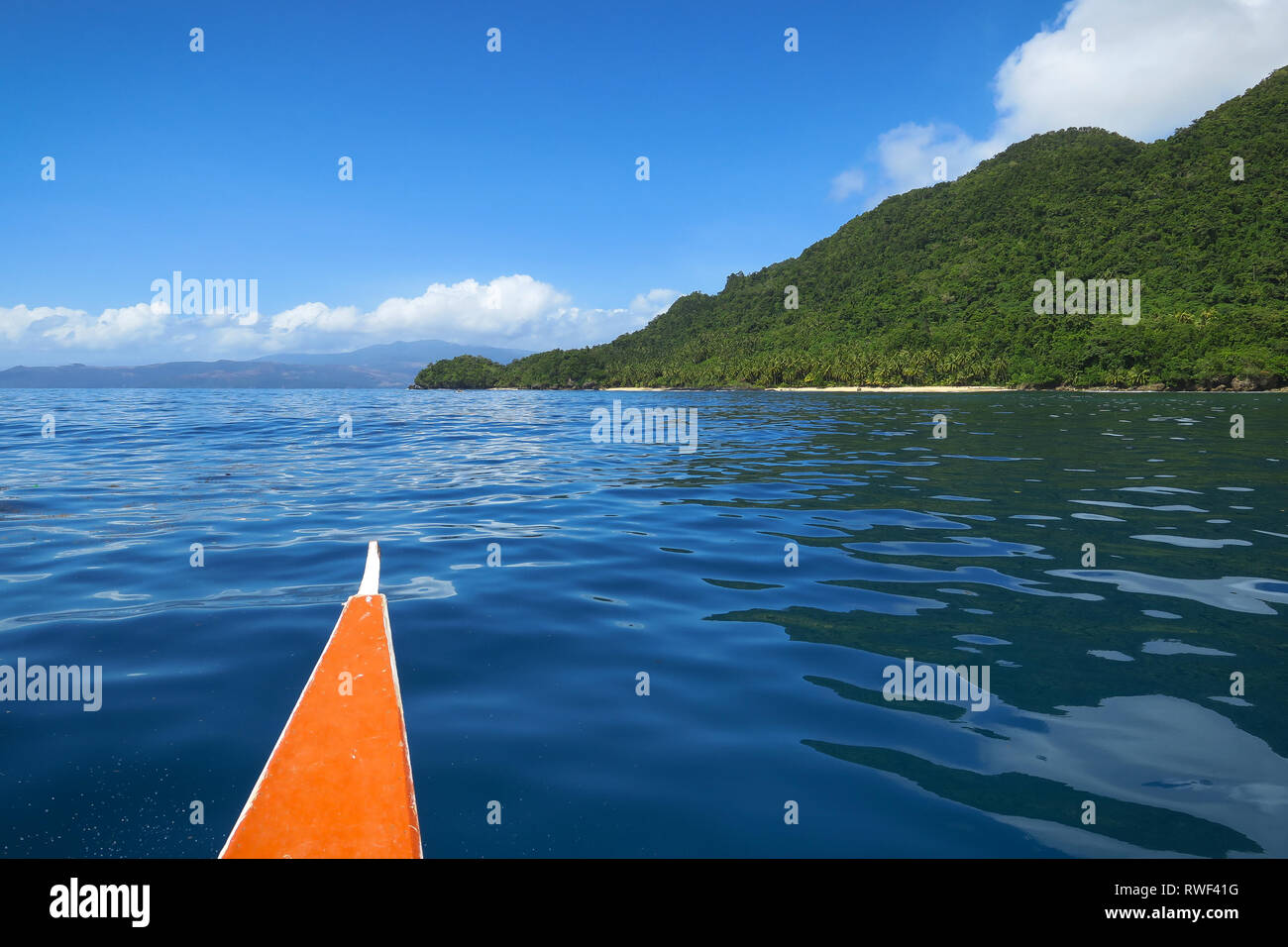 Island Hopping Boat Trip, With Tropical Island and Sea - Siargao, Philippines - Stock Image