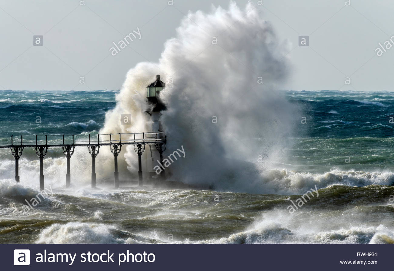 Driven By Winter Wind >> Storm Force Winds Driven By Winter Storm Quiana Send Huge Waves