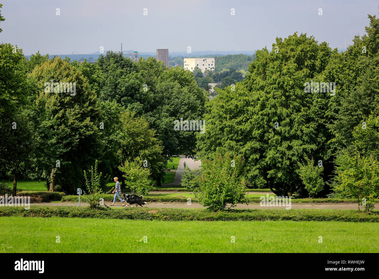 Essen, North Rhine-Westphalia, Ruhr area, Germany - The Hallopark between Stoppenberg and Schonnebeck is one of the oldest green areas in Essen. View  - Stock Image