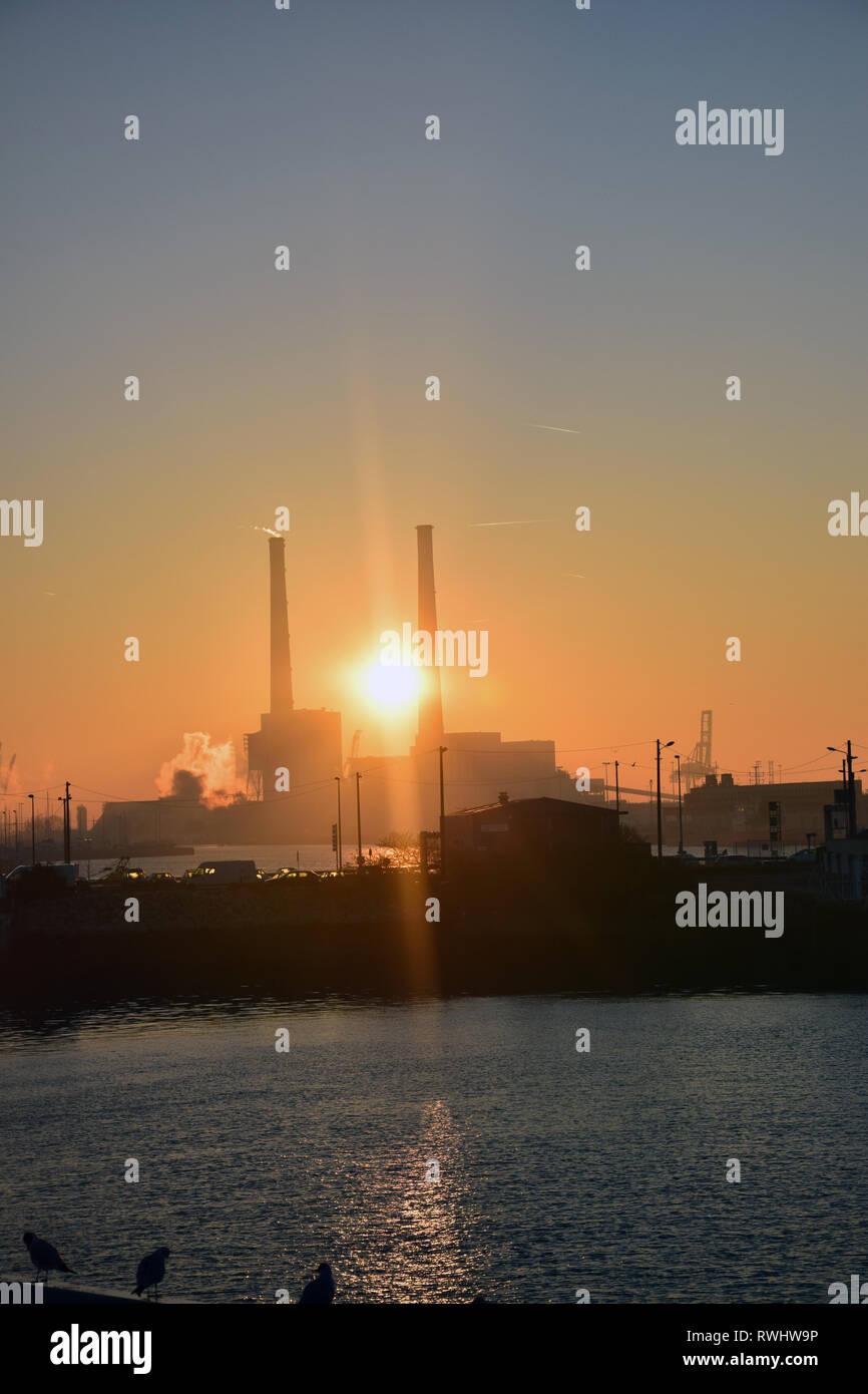 Sunrise, Le Havre port, France. Feb 2019 - Stock Image