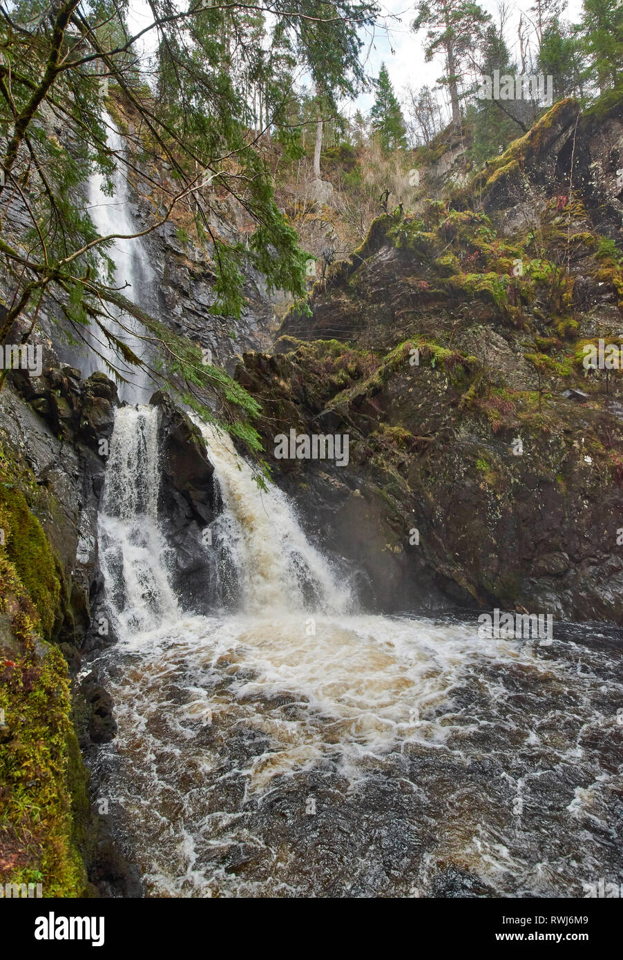 PLODDA FALLS TOMICH HIGHLAND SCOTLAND FROM THE PLATFORM TO THE LOWER FALLS BELOW Stock Photo