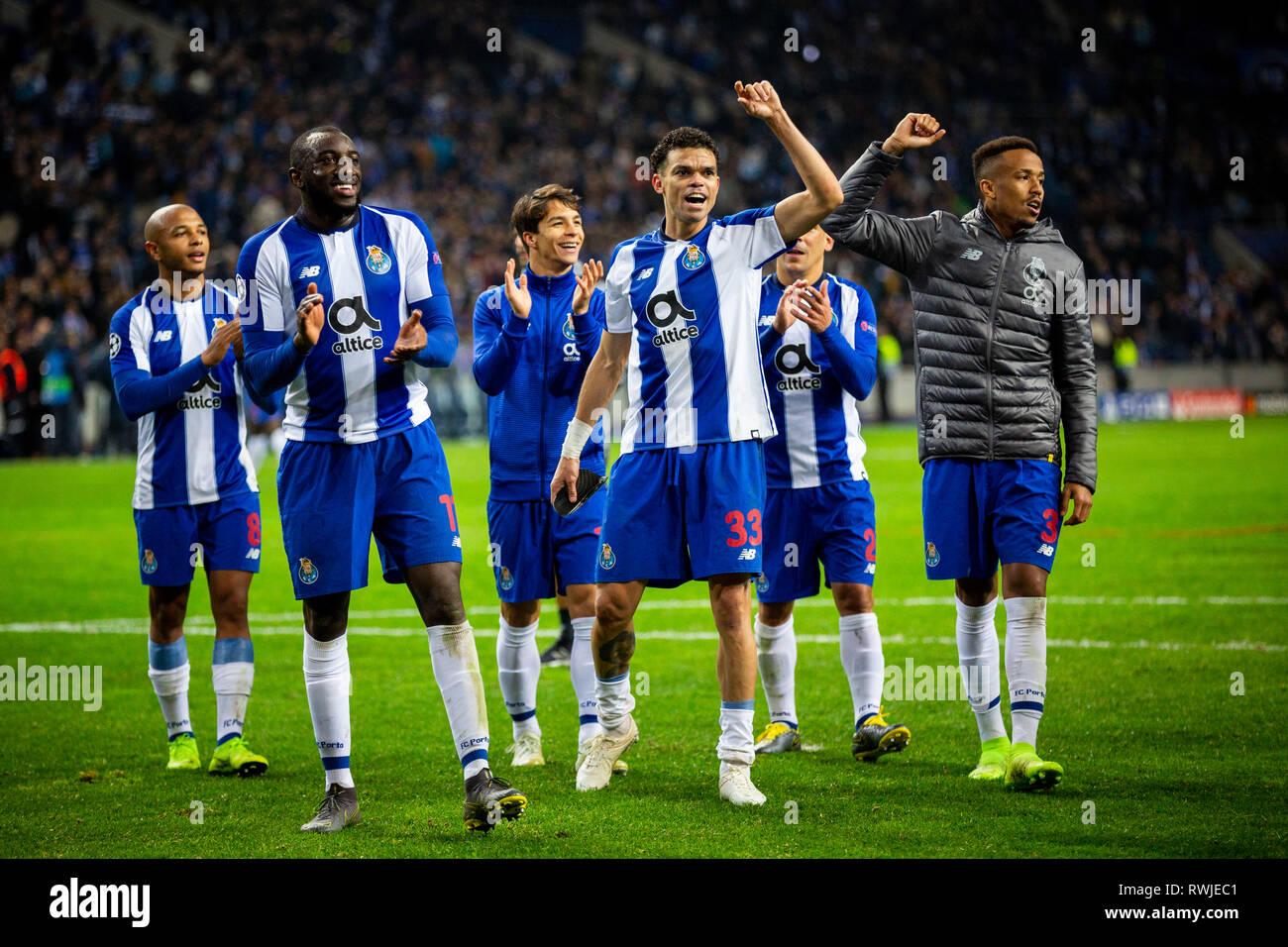 reputable site 98fd5 40fc6 Porto, Portugal. 06th Mar, 2019. FC Porto Team celebrates ...