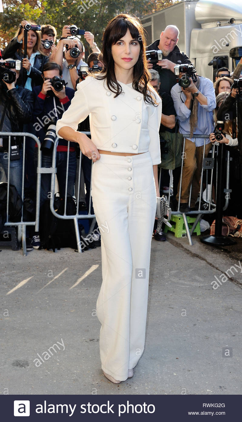 573aa8969e SEPTEMBER.2014 - PARIS - FRANCE CAROLINE SIEBER CELEBRITIES ATTENDING  CHANEL S SPRING-SUMMER 2015 READY-TO-WEAR COLLECTION SHOW HELD AT THE GRAND  PALAIS IN ...