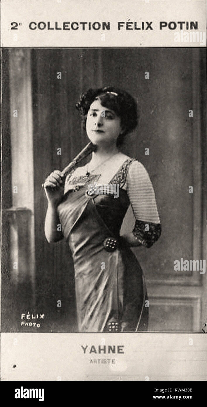 Photographic portrait of Yahne, Léonie (1) - From 2e COLLECTION FÉLIX POTIN, early 20th century - Stock Image