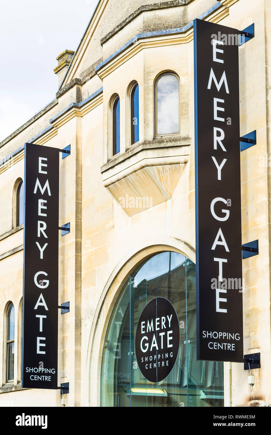 Signs at the High Street entrance to the EMERY GATE shopping centre in Chippenham Wiltshire England UK - Stock Image