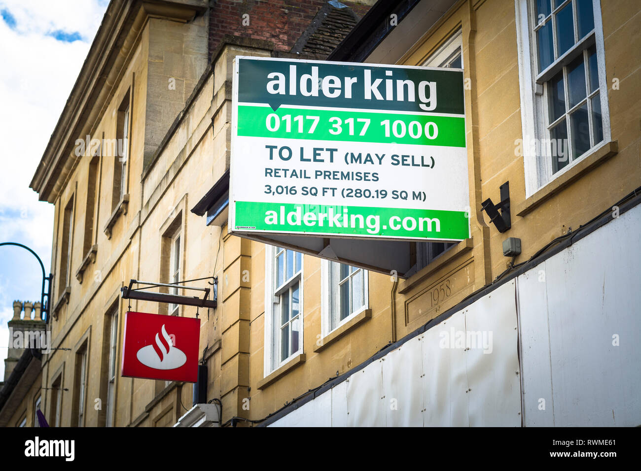 Retail property in Chippenham Wiltshire England UK TO LET sign in a  prominent position in the High Street - Stock Image