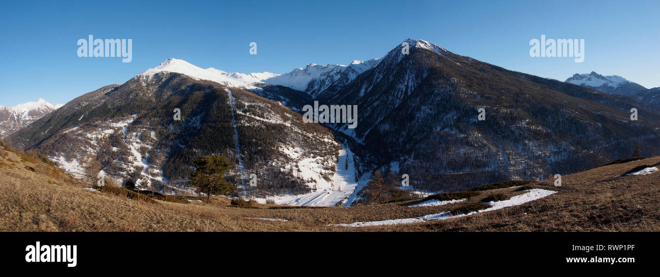 View south from hillside above Aiguilles, Parc regional du Queyras, French Alps - Stock Image