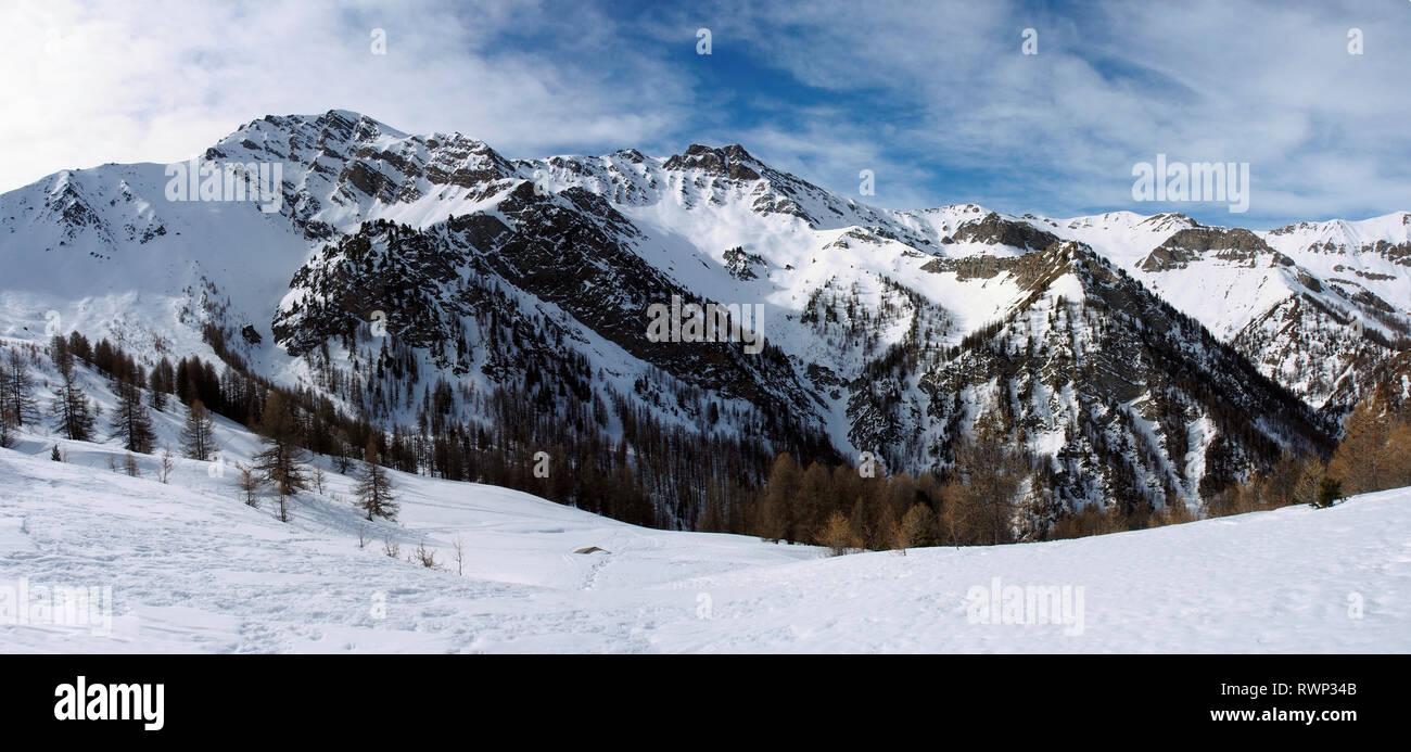 View from Crête de Curlet near St Véran, Parc regional du Queyras, French Alps - Stock Image