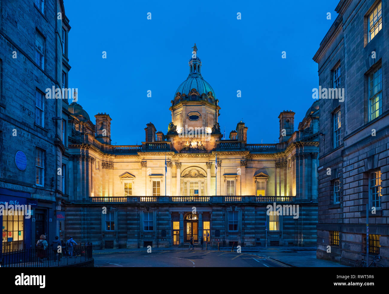 Night view of Scottish Headquarters of Lloyds Banking Group on The Mound In Edinburgh built in 1806 as Head Office of Bank of Scotland, UK - Stock Image