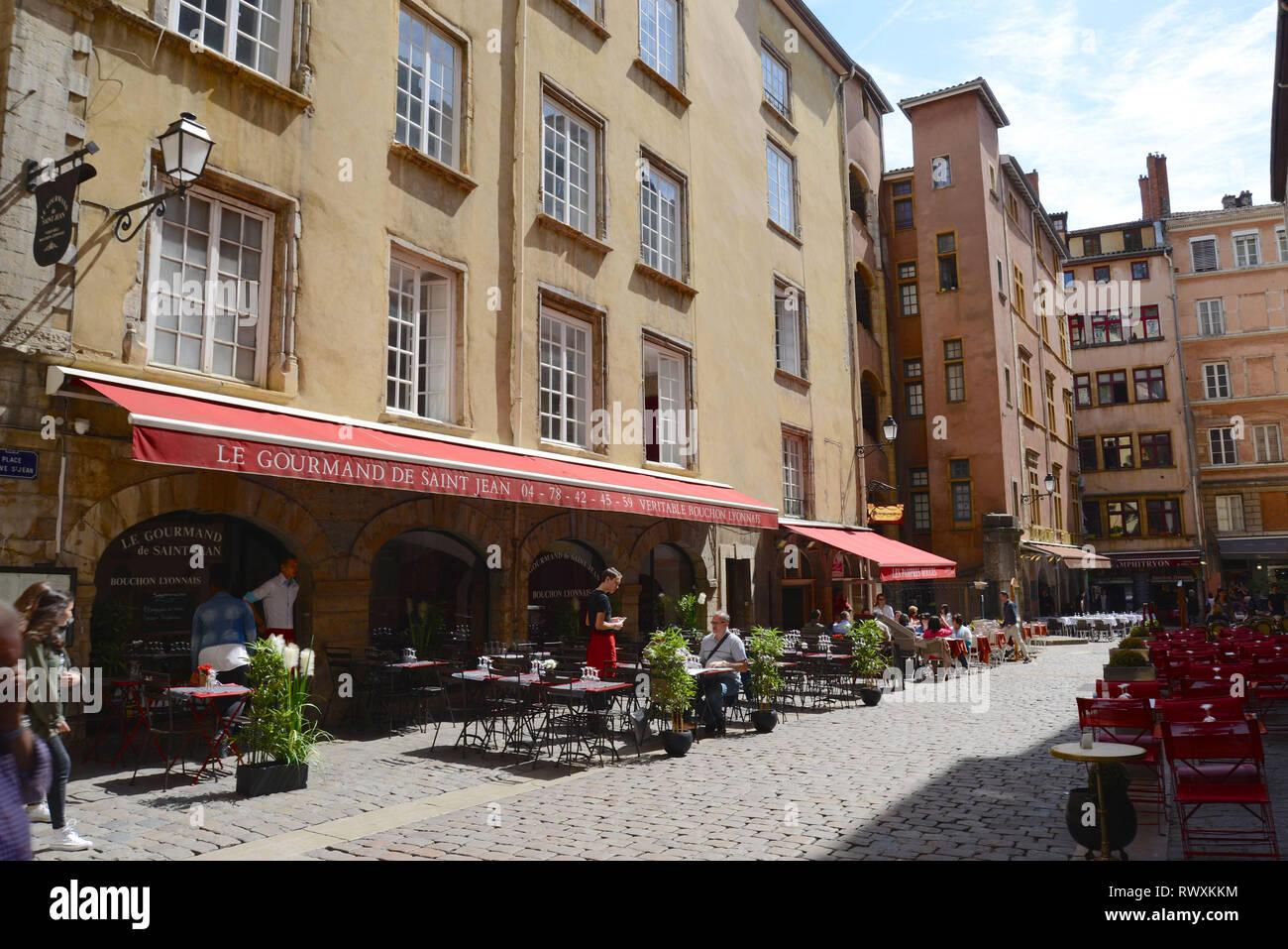 Lyon (south-eastern France): ' place Neuve Saint-Jean ' square, district of Saint-Jean, in the 5th arrondissement (district) *** Local Caption *** - Stock Image
