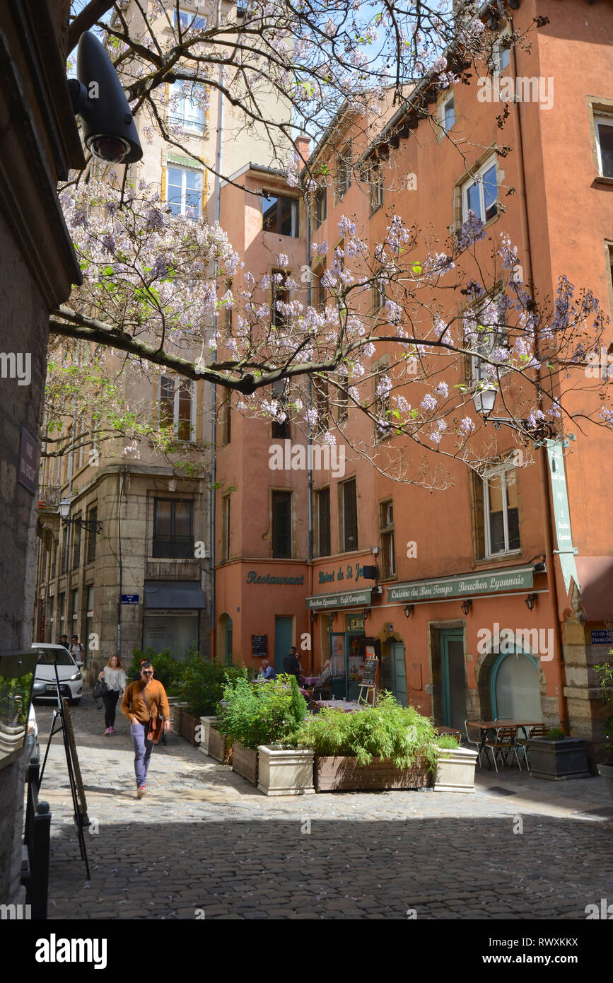 Lyon (south-eastern France): ' rue du Boeuf ' street , district of Saint-Jean, in the 5th arrondissement (district) *** Local Caption *** - Stock Image