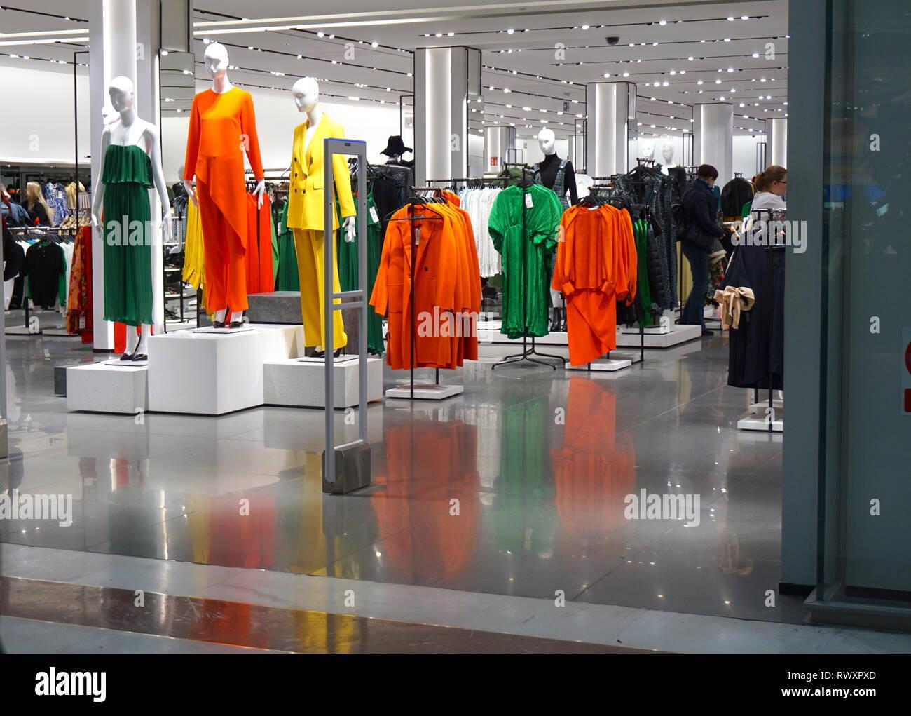 ed2e55fd United Kingdom Fashion Stock Photos & United Kingdom Fashion Stock ...