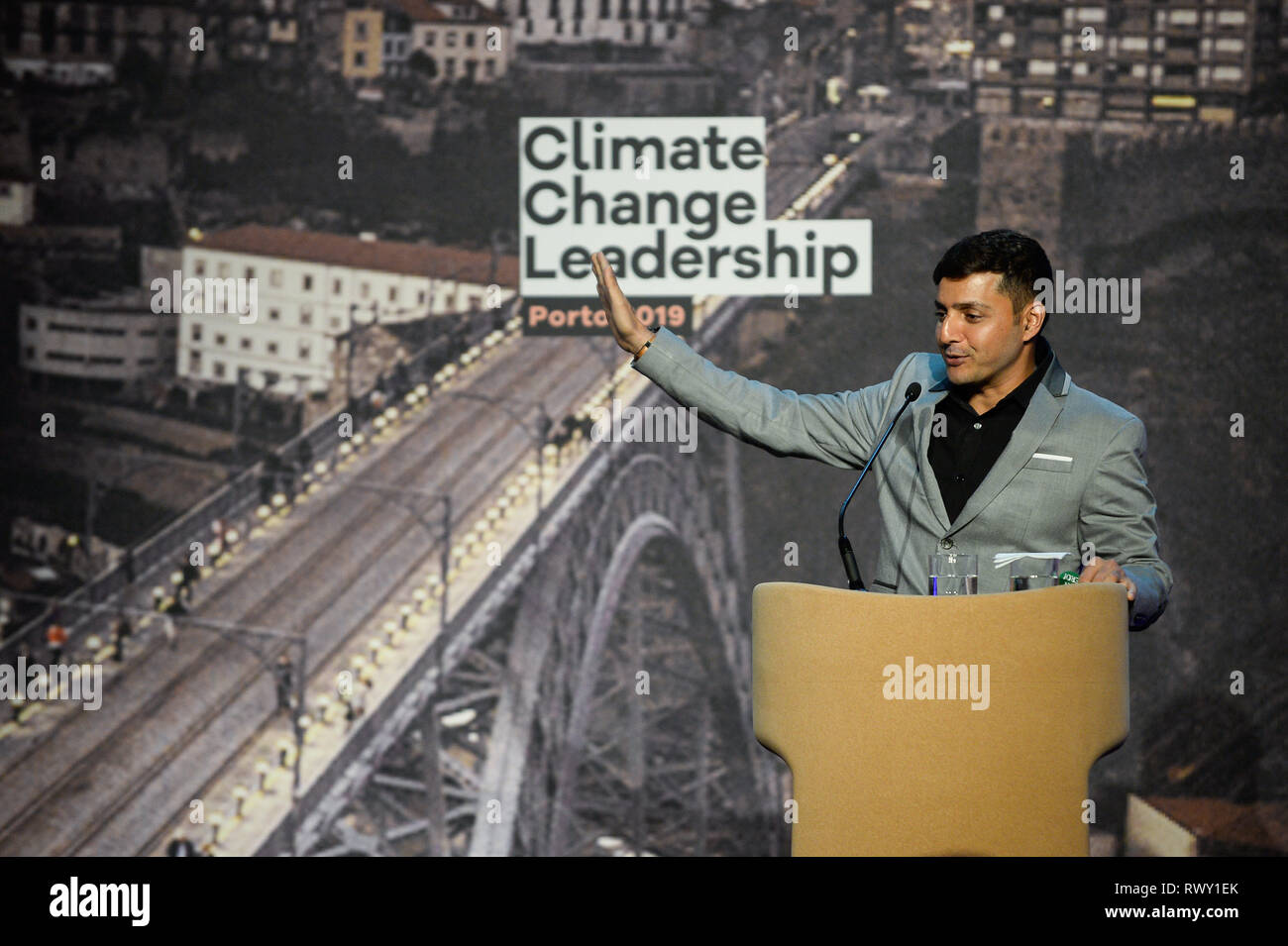 Porto, Portugal. 7th Mar, 2019. Afroz Shah, Indian Activist seen speaking during the Climate Change Porto Summit at Alfandega Congress Center. Credit: Omar Marques/SOPA Images/ZUMA Wire/Alamy Live News - Stock Image