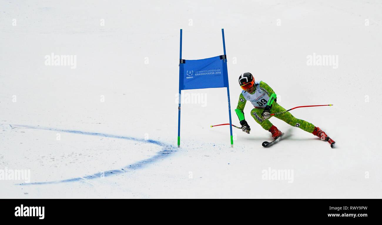 Krasnoyarsk, Russia. 8th Mar, 2019. China's Zheng Wenbo competes during the men's giant slalom of Alpine Skiing at the 29th Winter Universiade in Krasnoyarsk, Russia, March 8, 2019. Credit: Jiang Wenyao/Xinhua/Alamy Live News Stock Photo