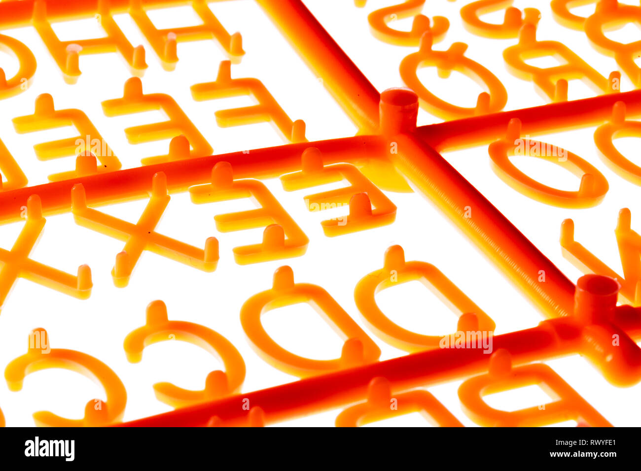 Buchstaben, an einem Gussstrang, zum betexten einer Texttafel, - Stock Image