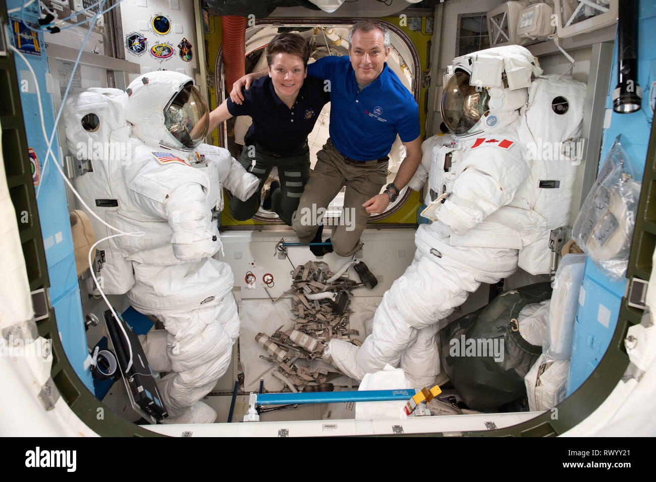 astronauts aboard the international space station - photo #5
