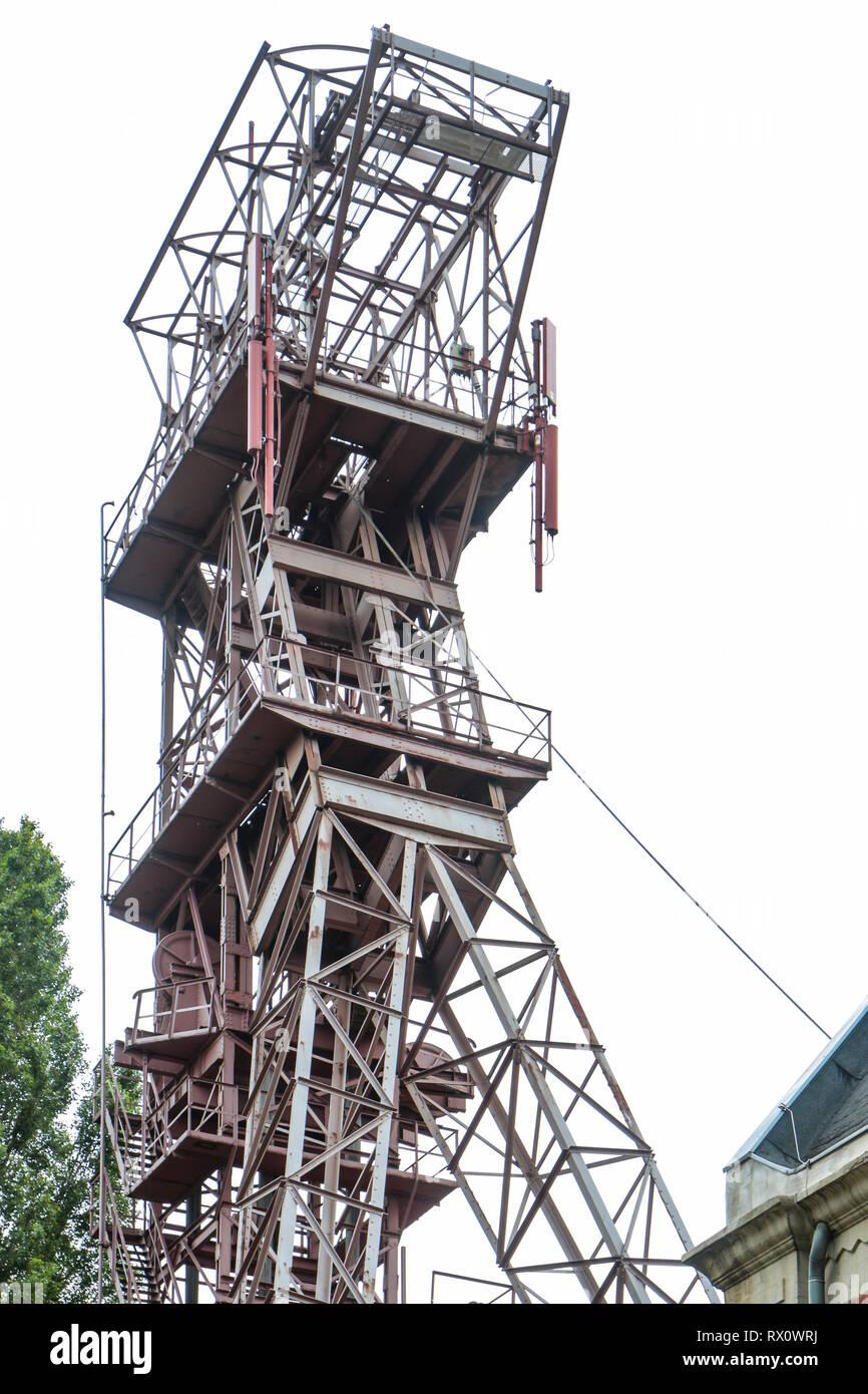 headframe of mine shaft Oberschuir of former coal mine Zeche Consolidation Gelsenkirchen - Stock Image