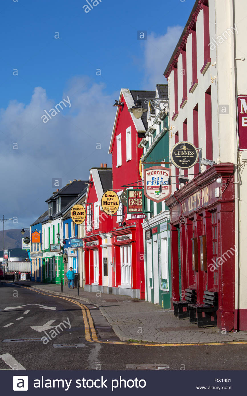 A beautiful morning in the town of Dingle in the south-west corner of Ireland along the Wild Atlantic Way. - Stock Image