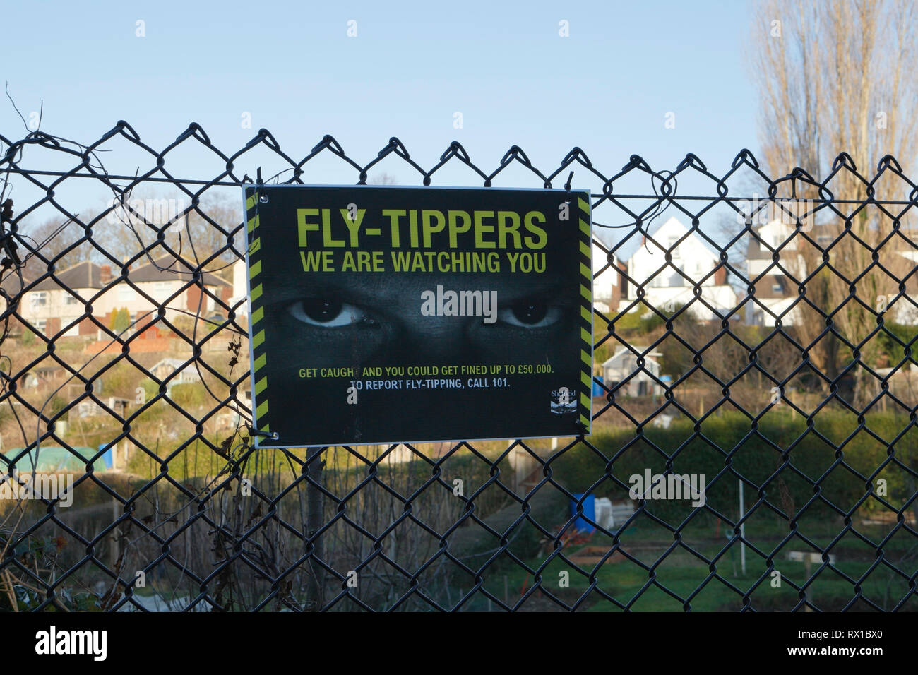 sign warning not to fly tip - Stock Image