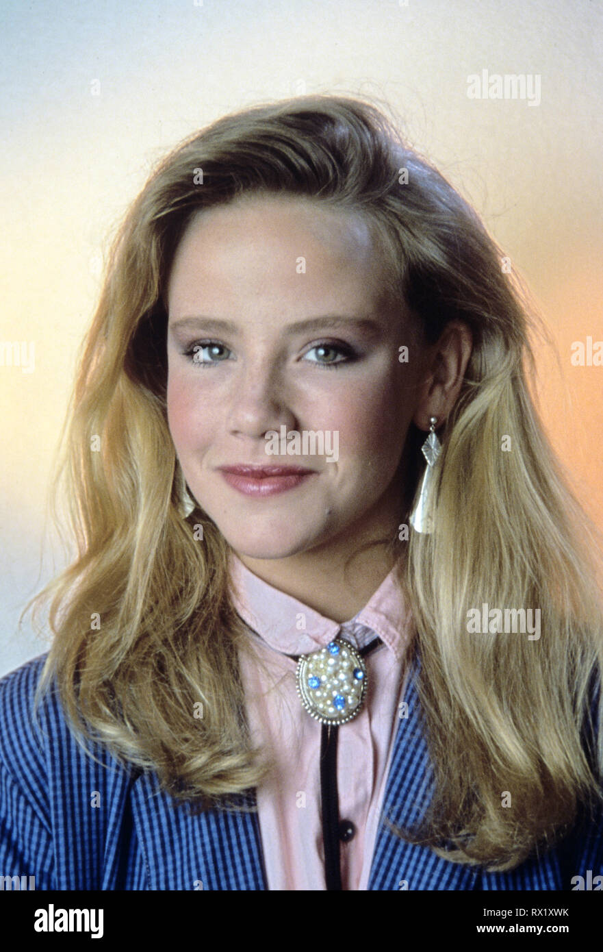 "Amanda Peterson Photos studio publicity still from ""can't buy me love"" amanda"