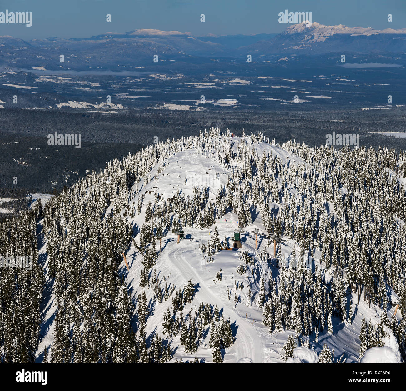 The Boomerang chairlift at Mt. Washington accesses more difficult terrain on the backside of Mt. Washington, The Comox Valley, Vancouver Island, Briti - Stock Image