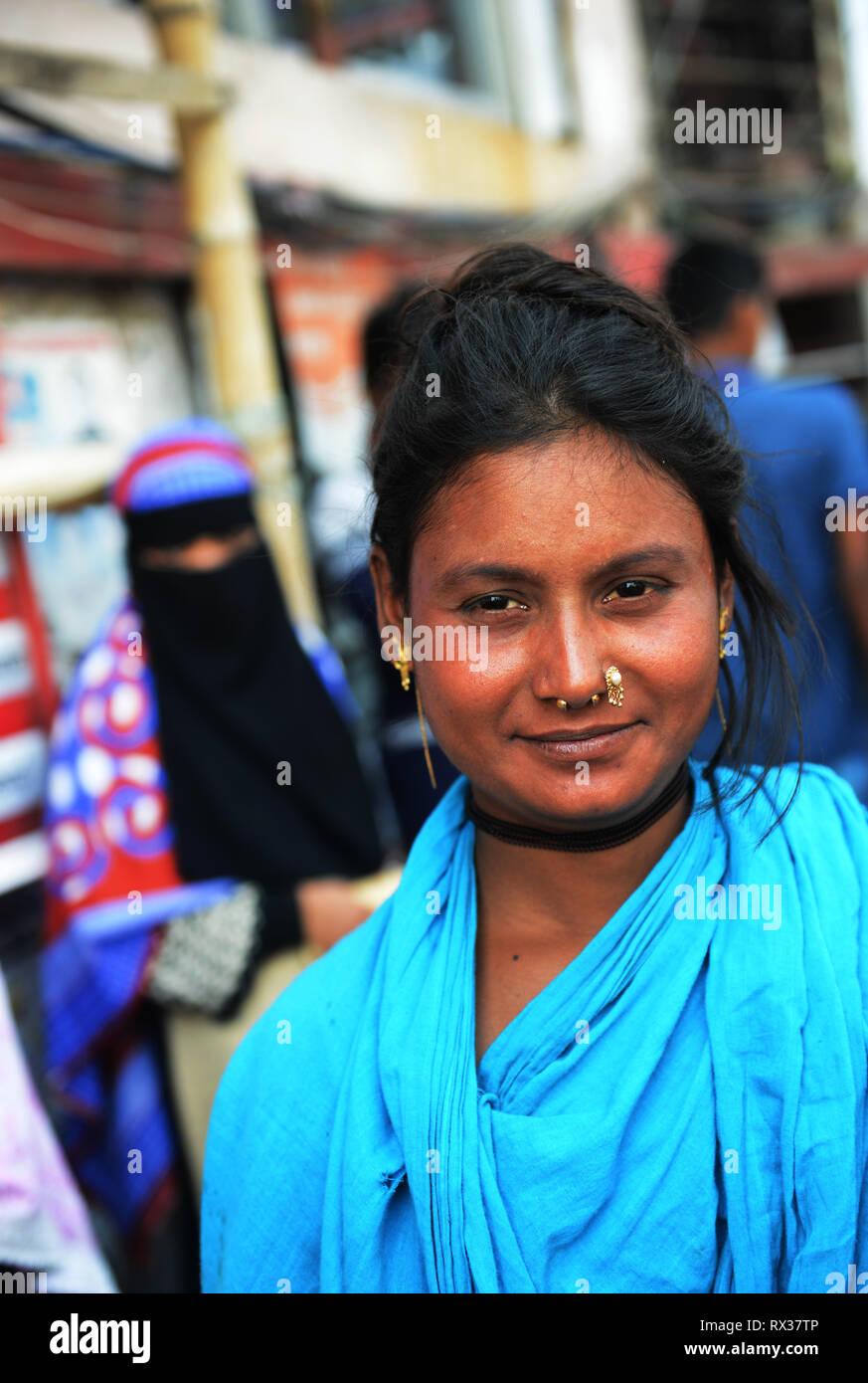 A smiling Bangladeshi woman in Dhaka. - Stock Image