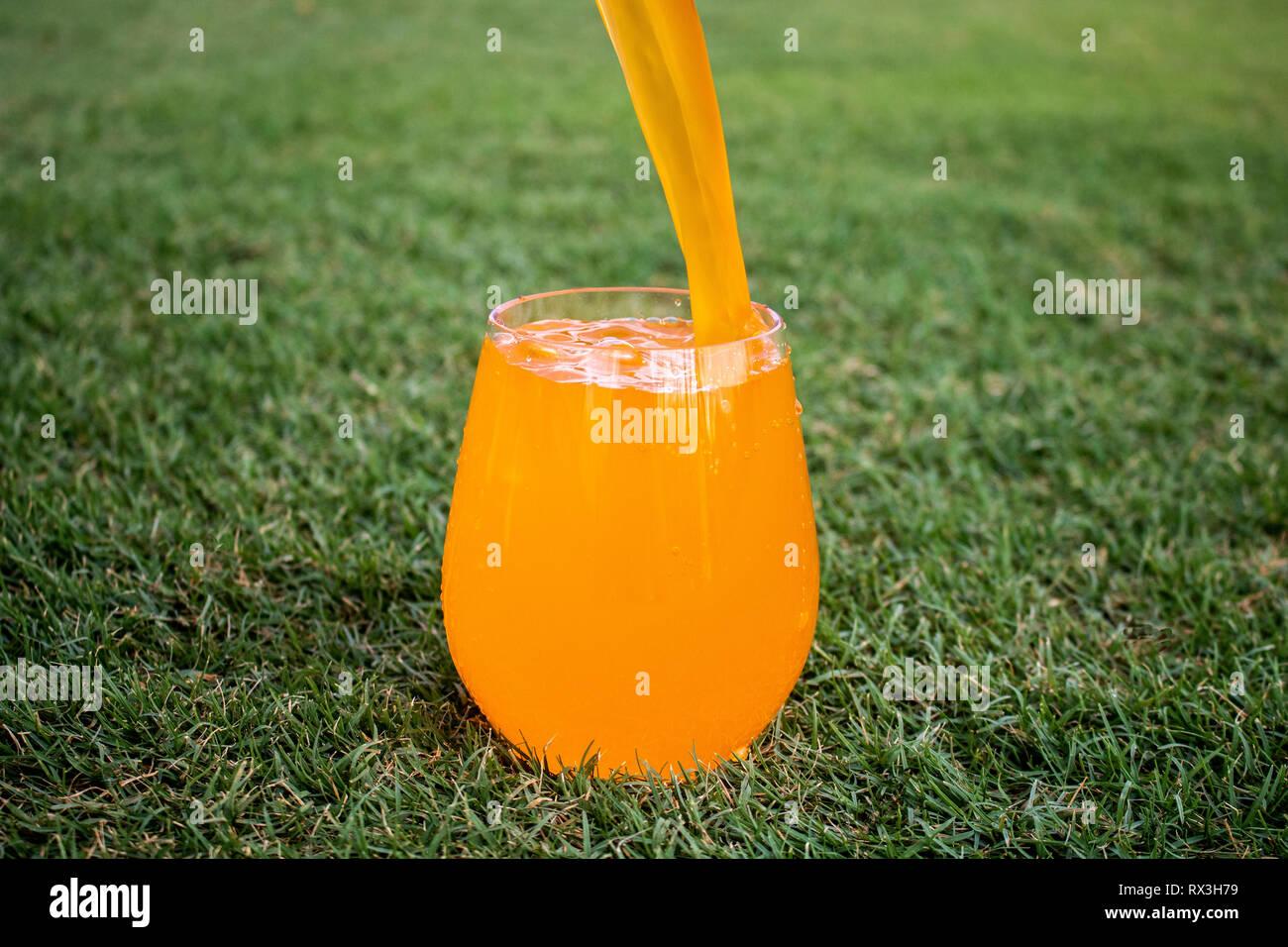 liquid pour - Stock Image