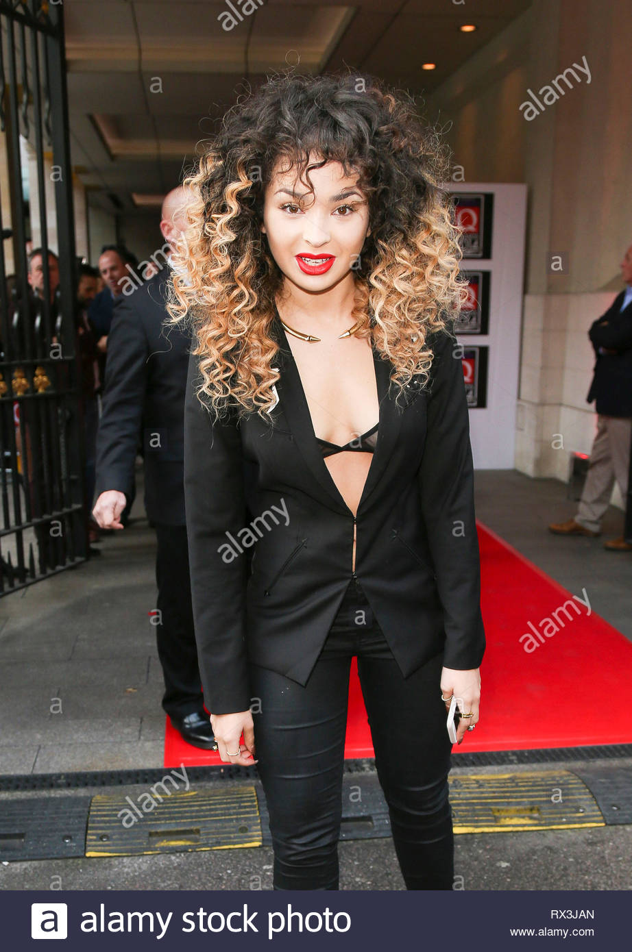 89a4e746e OCTOBER.2014 - LONDON - UK ELLA EYRE VIPS ARRIVE FOR XPERIA ACCESS Q AWARDS  AT GROVSNER HOUSE LONDON PLEASE CREDIT   PETTS-MOORE   XPOSUREPHOTOS.