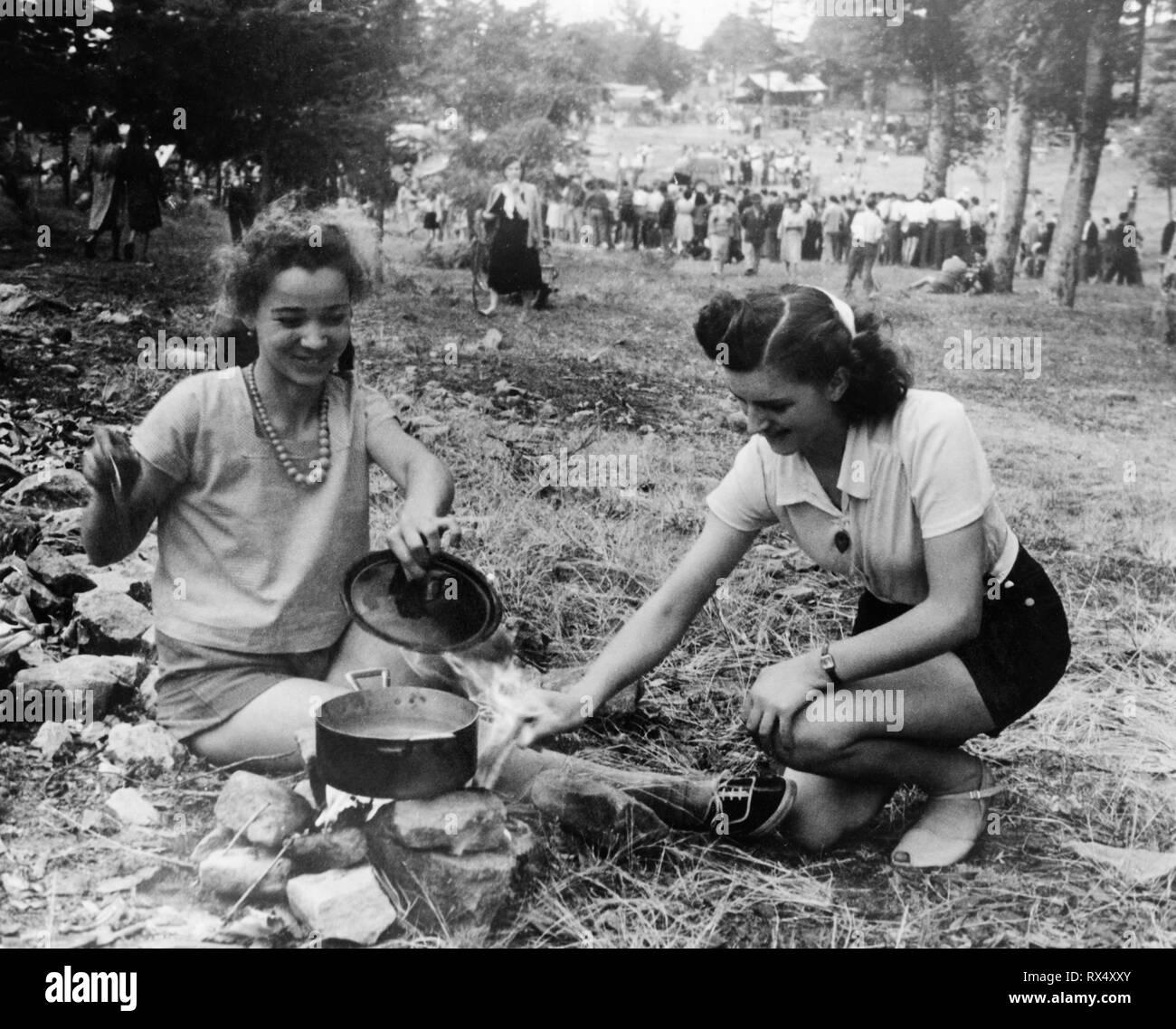 people, annual festival, macchia antonini, tuscany, italy, 1953 - Stock Image