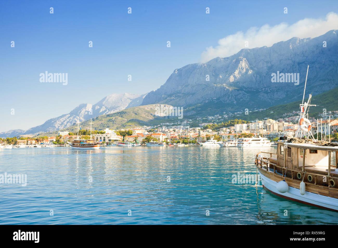 Makarska, Dalmatia, Croatia, Europe - Setting sail from the harbor of Makarska Stock Photo