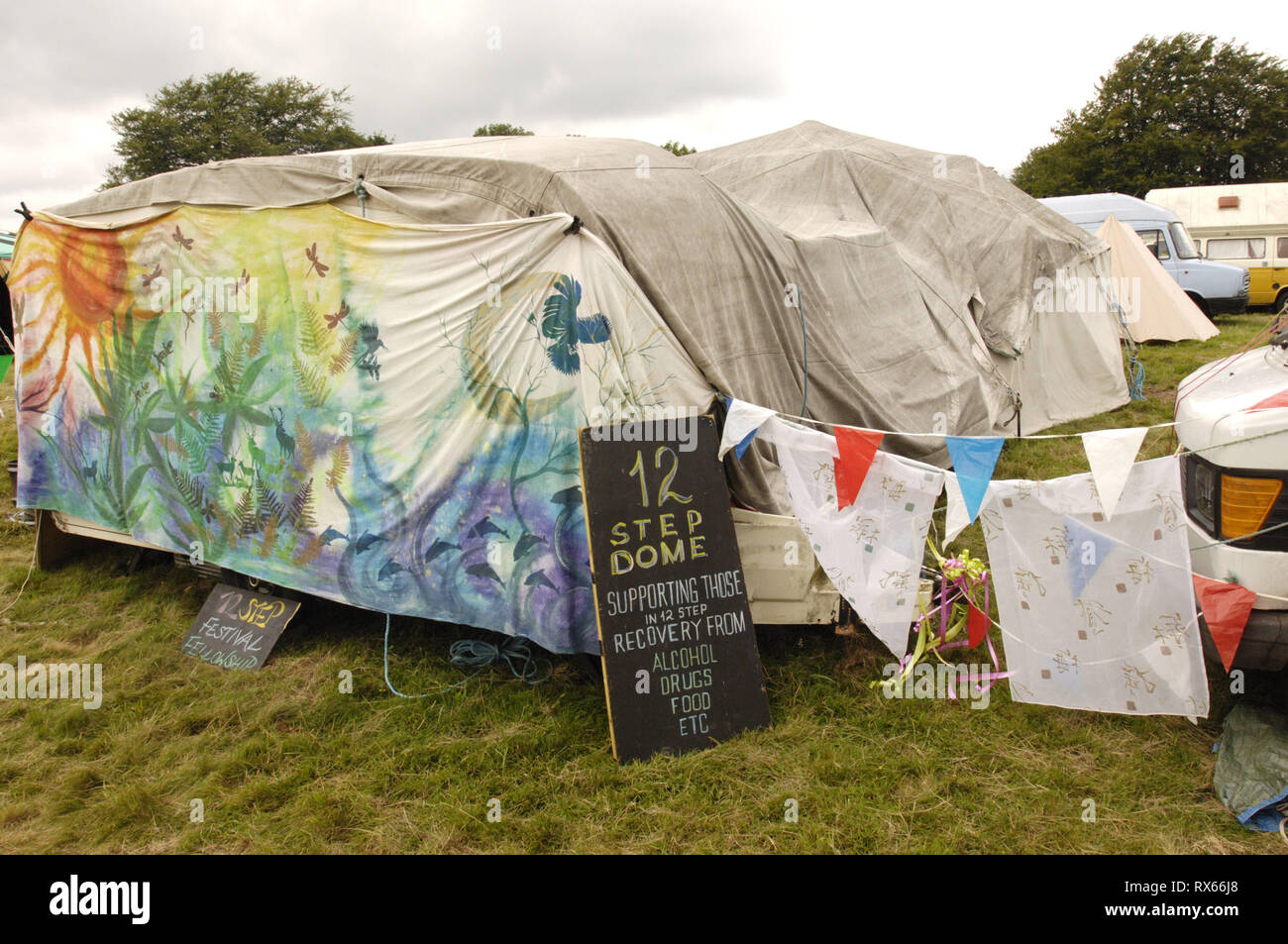 A caravan converted into a temporary rehabilitation centre called the 12 step dome, Big Green Gathering, UK August 2005 - Stock Image
