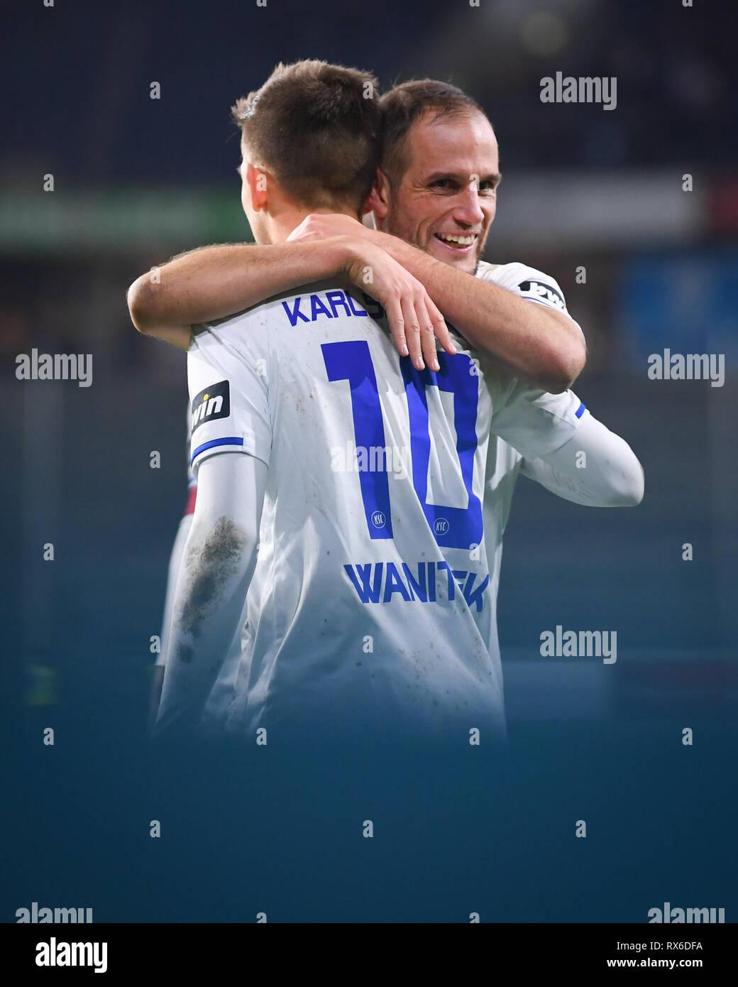Duisburg, Deutschland. 08th Mar, 2019. final jubilation KSC: Marvin Wanitzek (KSC) hugs Manuel Stiefler (KSC). GES/football/3rd league: Krefelder football club Uerdingen - Karlsruher SC, 08.03.2019 Football/Soccer: 3rd League: KFC Uerdingen vs Karlsruher SC, Duisburg, March 8, 2019 | usage worldwide Credit: dpa/Alamy Live News - Stock Image