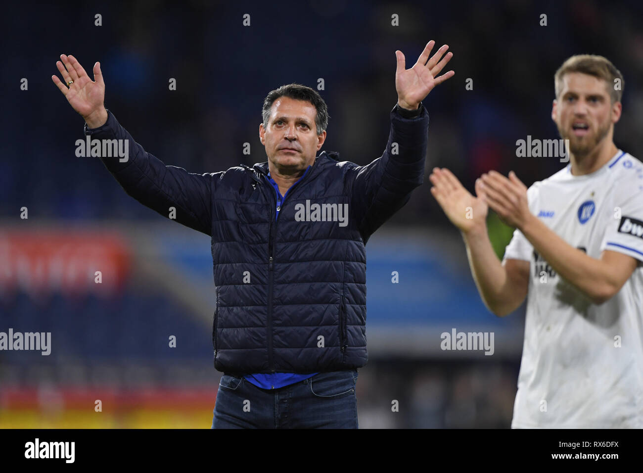 Duisburg, Deutschland. 08th Mar, 2019. final jubilation KSC: coach Alois Schwartz (KSC). GES/football/3rd league: Krefelder football club Uerdingen - Karlsruher SC, 08.03.2019 Football/Soccer: 3rd League: KFC Uerdingen vs Karlsruher SC, Duisburg, March 8, 2019 | usage worldwide Credit: dpa/Alamy Live News - Stock Image