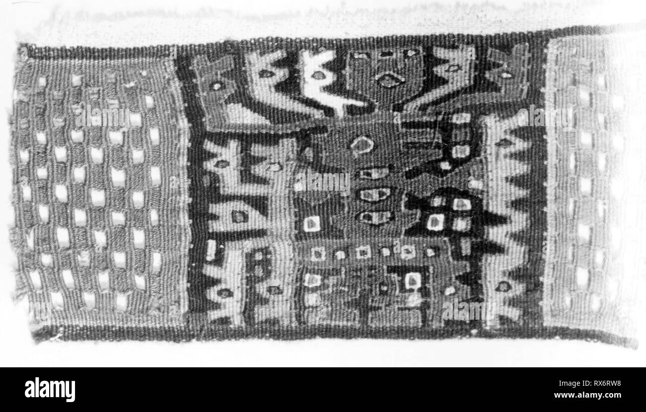 Fragment. Moche-Wari; Possibly Huarmey Valley, north-central coast, Peru. Date: 500 AD-1476. Dimensions: 16.5 x 9.5 cm  (6 1/2 x 3 3/4 in.). Slit tapestry. Origin: Peru. Museum: The Chicago Art Institute. - Stock Image