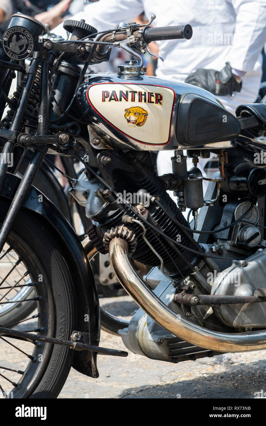 Retro PANTHER Motorcycle Top T-Shirt Classic bikes Vintage