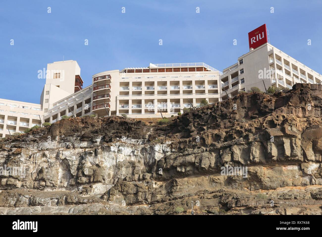 GRAN CANARIA, SPAIN - DECEMBER 6, 2015: Exterior view of Clubhotel Riu Vistamar in Gran Canaria, Spain. Riu Hotels was the 30th largest hotel chain in - Stock Image