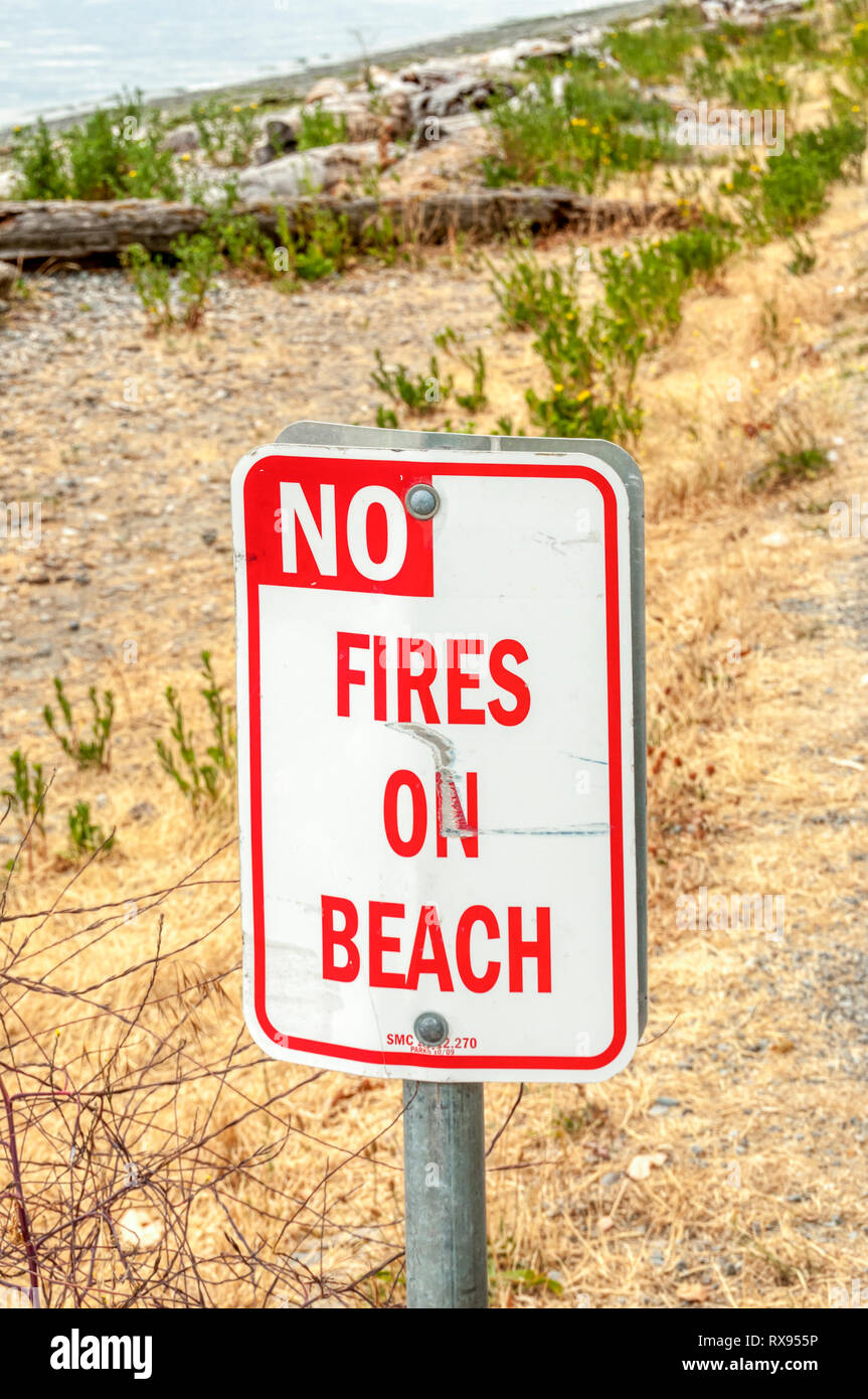 No Fires on Beach sign. - Stock Image