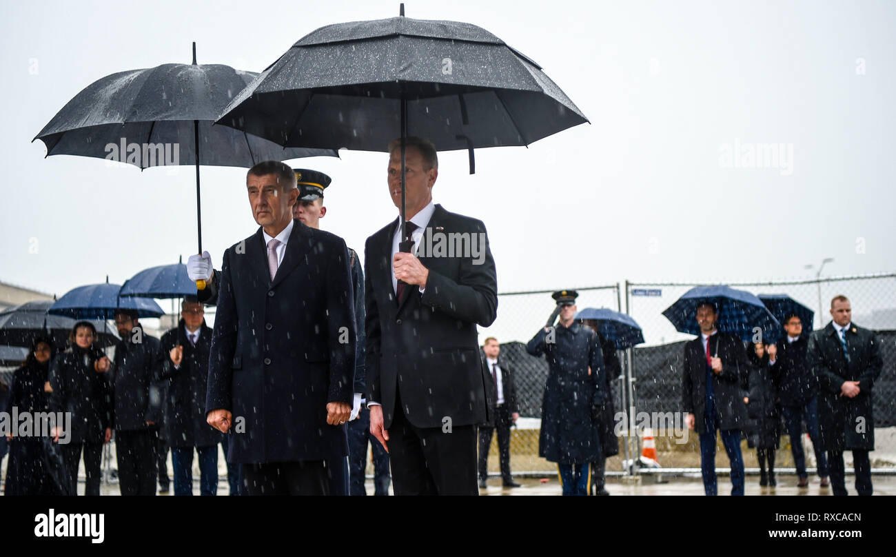 U.S. Acting Secretary of Defense Patrick M. Shanahan and Czech Prime Minister Andrej Babiš participates in a wreath-laying ceremony at the Pentagon 9/11 Memorial in Washington, D.C., Mar. 8, 2019. (DoD photo by Air Force Master Sgt. Angelita M. Lawrence) - Stock Image