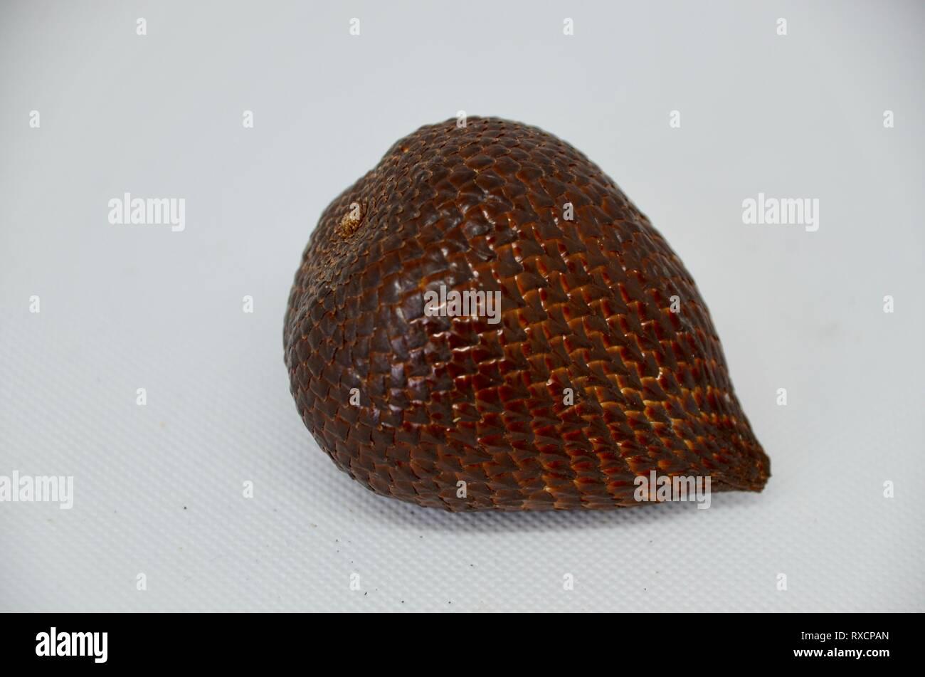 indonesian salak scaly snake fruit - Stock Image