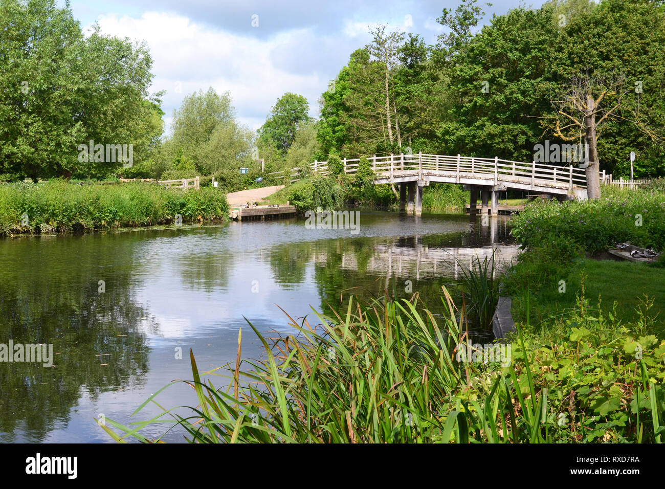 Bridge over the River Stour at Flatford, Suffolk, UK - Stock Image