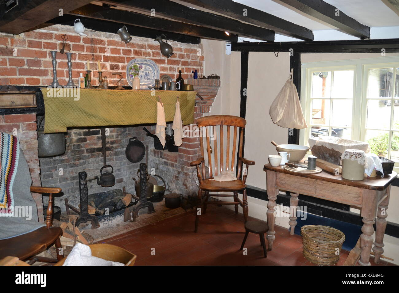 Inside Flatford Bridge Cottage at Flatford, Suffolk, UK - tenant farmer - Stock Image