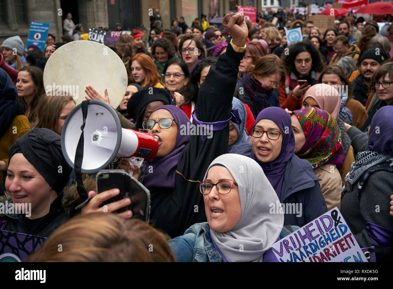 Amsterdam, Netherlands. 9th Mar 2019. Muslim women's groups take part in the demonstration demanding that their rights be respected. Convened by the Women's March movement, today women demonstrated in Amsterdam following in the footsteps of great marches around the world in defence of women's rights and for gender equality. Credit: Nacho Calonge/Alamy Live News - Stock Image