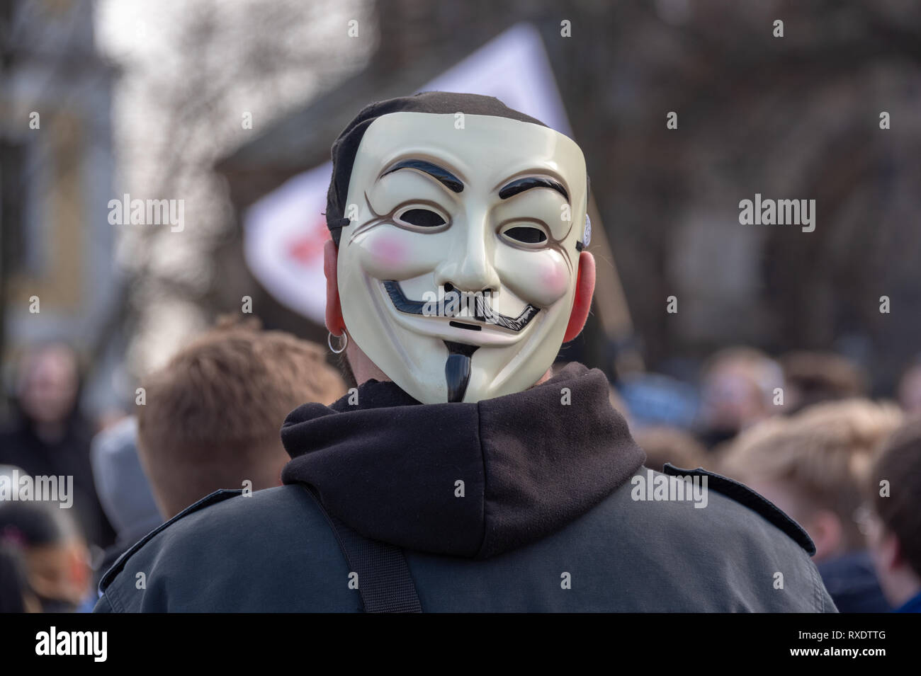 Magdeburg, Germany - 09th March, 2019: : A demonstrator wears an anonymous mask. The man took part in a demonstration in Magdeburg by 1000 mostly young people against EU copyright reform. The demonstrators fear censorship of the Internet if Article 13 is implemented. Credit: Mattis Kaminer/Alamy Live News Stock Photo