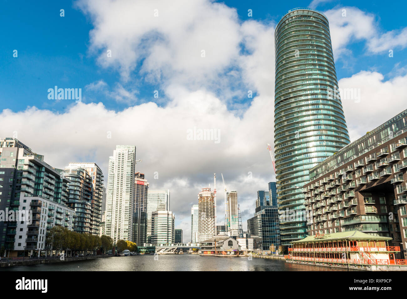 London, United Kingdom - November 07, 2018: View from Greenwich View Place towards Baltimore Tower, Lotus Floating Chinese restaurant, Wood Wharf, and - Stock Image